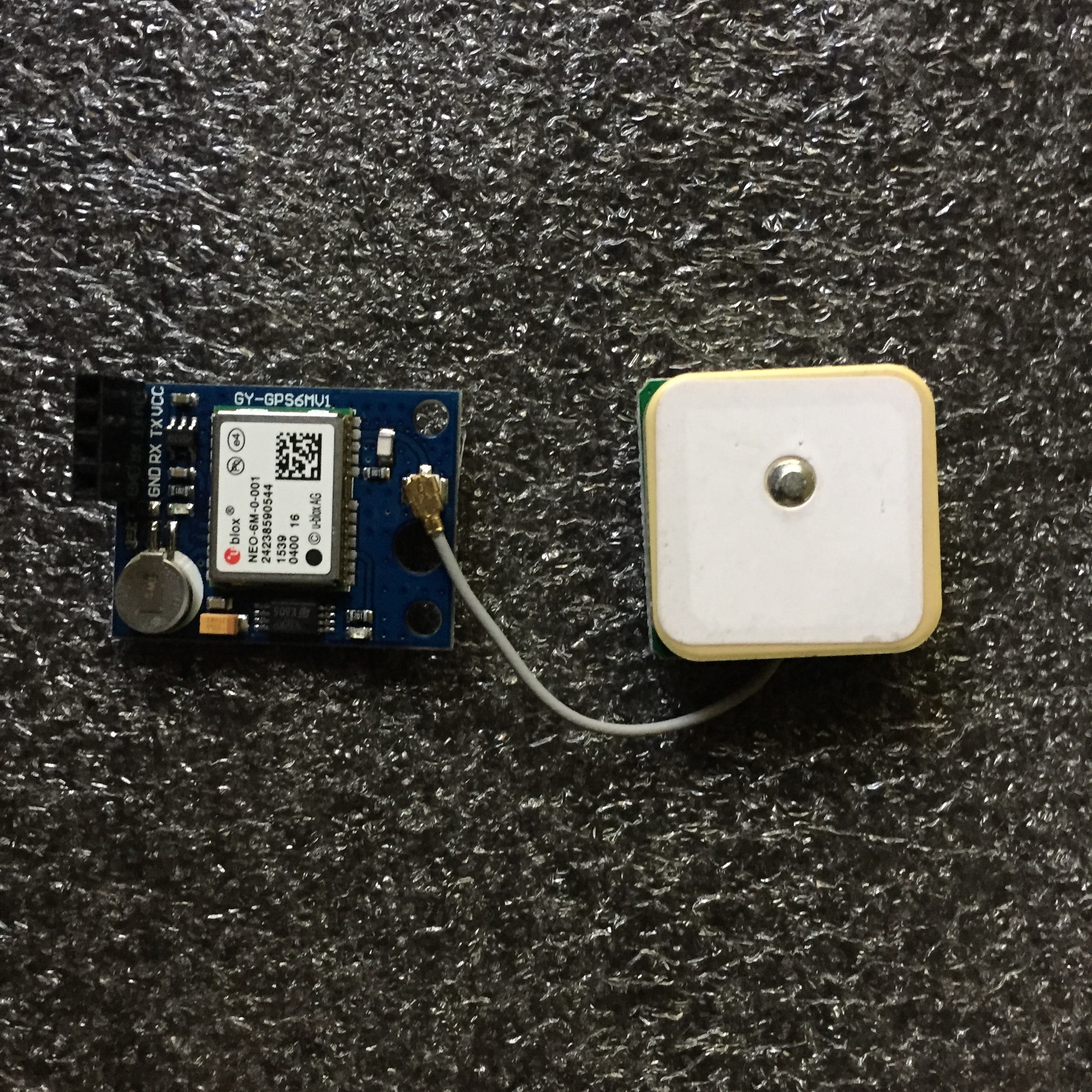 Gps Wifi Sensor Horacio Bouzas Va6dtx Tx Should Be Connected To Microcontroller And Rx Module The Caviat Here Is That Connection Needs Made Via Serial Which Makes It A Bit Trickier But Nevertheless Straightforward
